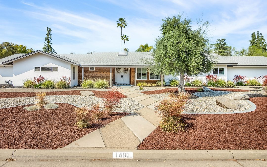 1490 W BARSTOW AVE | SOLD